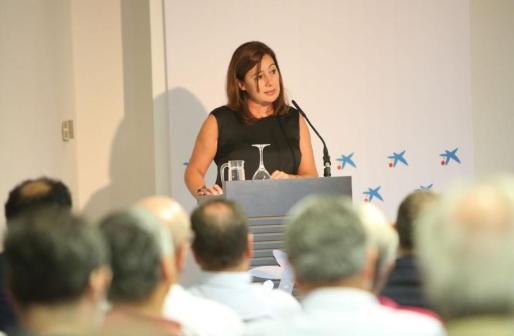 Armengol ha manifestado que el crecimiento económico de Baleares no se está traduciendo en una mejora del poder adquisitivo de los trabajadores.