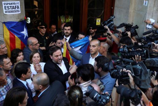 Oriol Junqueras, este miércoles a la entrada de la conselleria.