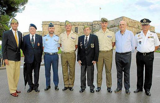 Carlos Alemán, Pedro Fernández, Mendi, José Hidalgo, Ramón Ysasi, Eduardo Gutiérrez de Ruvalcaba, Miguel Deyá y Josep Palouzié.