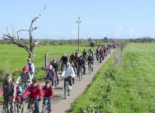 Uno de los ejes principales del convenio era aumentar los kilómetros de ruta cicloturista en el fora vila de Campos.