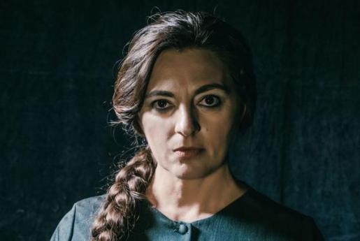 Catalina Solivellas protagoniza 'La nit de Catalina Homar' en el Teatre Principal de Palma.