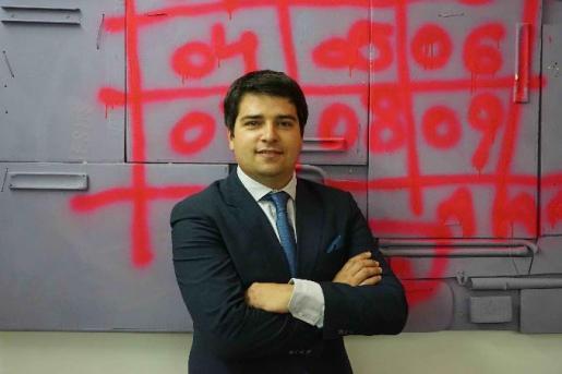 Antonio Frau es el director del Colegio Luis Vives.