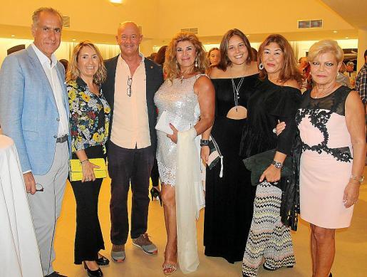 Joan Alba, Marga Pizà, Miquel Rullàn, Sedi Behvarrad, Jero Jaume, Fanny Clar e Isabel Agüero.