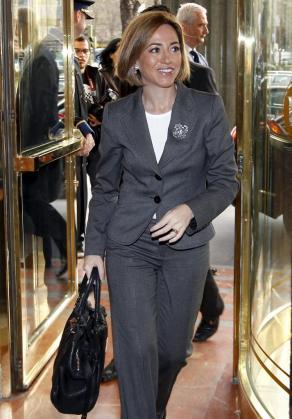 La ministra de Defensa, Carme Chacón, a su llegada a un desayuno informativo organizado por Europa Press en Madrid.