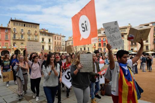 Varsovia remarca que éste es un asunto interno de España.