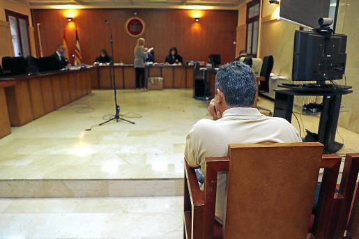 El acusado, en el juicio celebrado este lunes en la Audiencia de Palma.