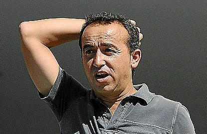 Armando de la Morena se lamenta en el último partido ante el Olot.