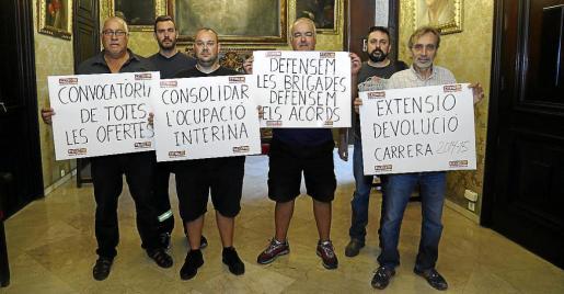 Las relaciones del Pacte con los sindicatos han pasado por momentos tensos, con diversas protestas.