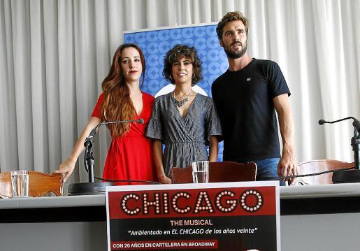 Luna Mora, Celia Dolci y José de la Torre en el Auditòrium durante la presentación de Chicago.