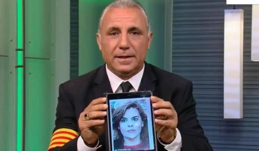 Hristo Stoichkov mostró una imagen de la vicepresidenta para criticar la actuación del 1-O.