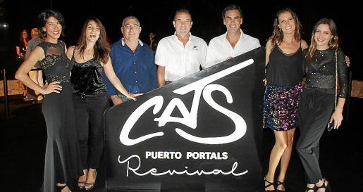 Carla Salto, Amaia Arteta, Miguel Palmer, Ángel Navarro, Álvaro Irala, director general de Puerto Portals; Elena Seijas y Marta Fernández.