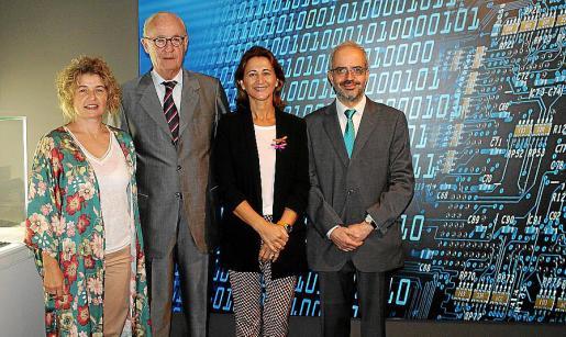 Noemí Vallespir, José Francisco Conrado, Marga Pérez-Villegas y Alberto Cerdó.