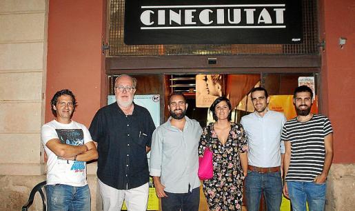 Marcos Robledo, Pedro Barbadillo, Javier Pachón, presidente de CineCiutat; Marta Pérez, Ignacio Berojillos y Carlos Bover.
