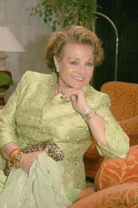 La familia de Carmen Sevilla desmiente que esté en estado crítico.
