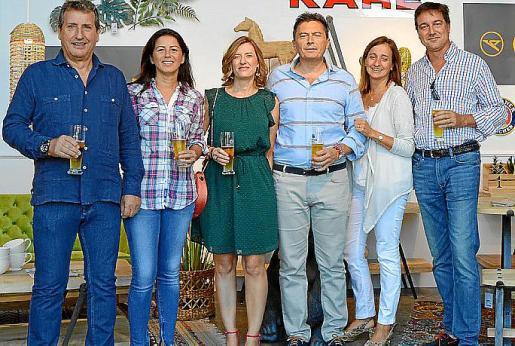 Francis Calvete, Verónica Iboleón, Isabel Checa, Miquel Terrasa, Teresa Darder y Toni Ramis.