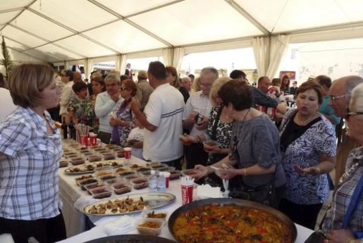 El recinto de la muestra gastronómica de la sepia registró un gran ambiente.