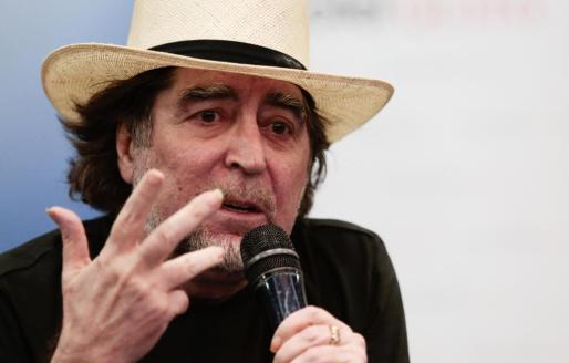 El cantante español Joaquín Sabina ha ofrecido una rueda de prensa en Quito (Ecuador).