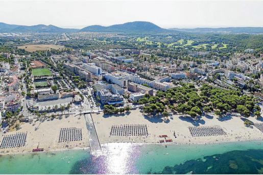 Vista de la zona marítima de Santa Ponça que, en su parte central, acogerá un parque de más de 14 hectáreas.