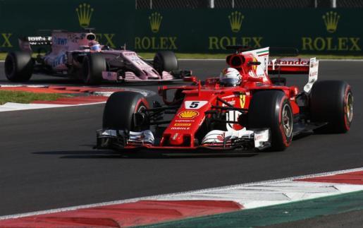 El piloto de Ferrari Sebastian Vettel, durante los entrenamientos del Gran Premio de México de Fórmula 1.