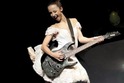 'BaRockBallet' es una pieza de danza con música rock.