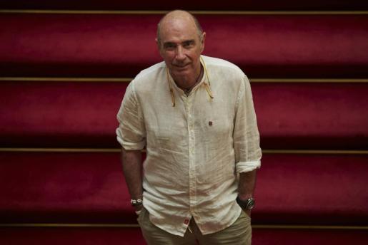 El cantautor y diputado de Junts pel Sí Lluis Llach da por hecho que Puigdemont ha exiliado Bruselas.