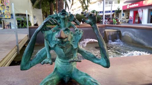 'Fameliar', Andreu Moreno, Passeig de s'Alamera Santa Eulària.