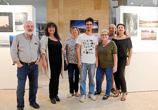 Pep Mir, Chisca Juanico, Marga Vicens, Gaizka Taro, Catalina Ginard, Julián González y Margherita Runcio.
