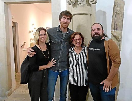 Adriana Meunié, Jaume Roig, Maria Ramis y Pau Vadell.