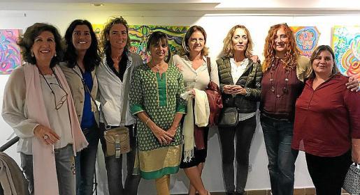 Pilar Torrebella, María del Mar y María Antonia Forns, Jero Manera, Mico Sagristá, Esther Blades, Maca Fernández y Bettina Durruty.