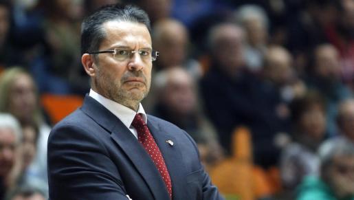 El entrenador del Baskonia pide la libertad de los «presos políticos»
