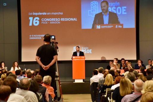 José Luis Ábalos participa en el 16 Congreso de los Socialistas aragoneses.