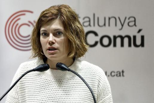 La portavoz de Catalunya en Comú, Elisenda Alamany, durante su comparecencia ante los medios tras la reunión de la Coordinadora Nacional de la formación.