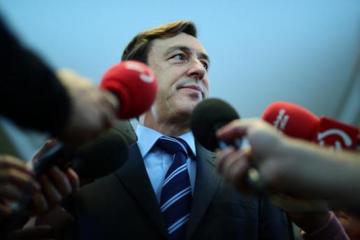 «El golpe de Estado lo intentó dar el señor Puigdemont», ha remarcado el portavoz popular en el Congreso.