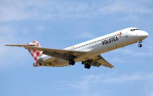 Imagen de un avión de la compañía aérea Volotea, que en 2018 contará con dos nuevas rutas que conectarán Palma con Lyon y Marsella.