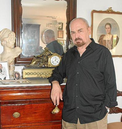 El diseñador y dibujante Marcelo Scarxell.