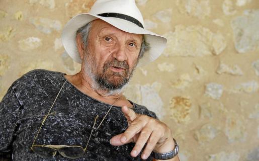 Imagen promocional del popular cantautor Tomeu Penya.