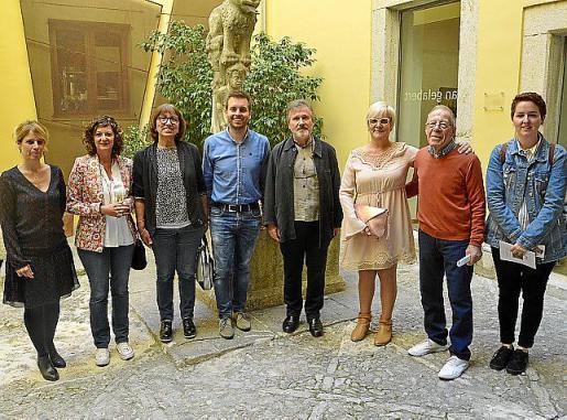 Maria Pau Ruiz, Lourdes Crespí, Magdalena Solivelles, Andreu Villalonga, Angel Pascual, Magdalena Moyà, Bernat Trot y Teresa Ordines.