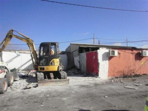 Imagen de uno de los derribos anteriores en el poblado chabolista de Son Banya.