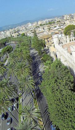 El Passeig Sagrera -en la imagen- es la vía de Palma que aglutina hasta siete viviendas de lujo de las diez más caras de toda la ciudad, cuyo precio no desciende de los tres millones de euros.