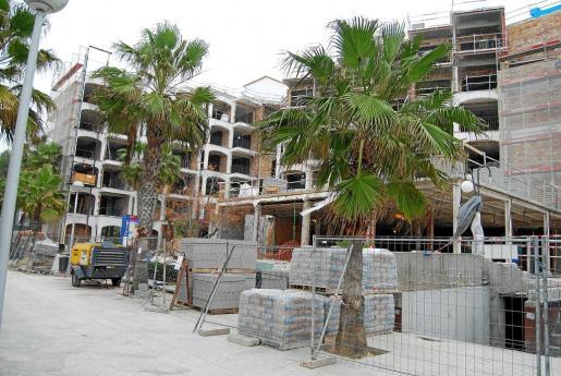 Los cambios normativos, con la entrada en vigor de la nueva Ley del Turismo, propiciaron que en los ayuntamientos de Mallorca hubiera una entrada masiva de proyectos, lo que hará que la actividad del sector de la construcción en invierno siga al alza.