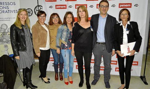 Joana López, Milagros Blázquez, María José Soldado, Marilén Bauzà, Katy Veny, Marcos Cañabate y Emilia Pascual.