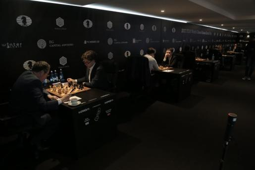 Imagen de algunas de las partidas del Grand Prix FIDE de ajedrez.