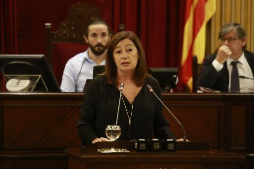 La presidenta del Govern, durante una reciente intervención en el Parlament.