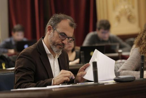 El vicepresidente del Govern, Biel Barceló, en una sesión del pleno del Parlament.