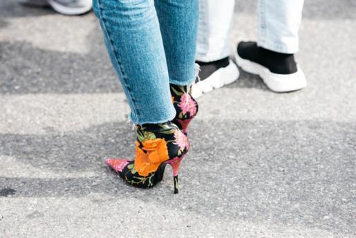 El botín-calcetín, unos zapatos de los que difícilmente podrás escapar si eres de las que les gusta estar siempre a la última.