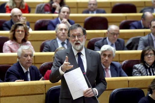 El presidente del Gobierno, Mariano Rajoy, durante su intervención en el pleno en el Senado.