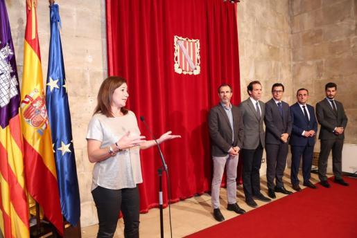 Francina Armengol, Biel Barceló, Marc Pons, Pablo Rodríguez, Néstor García y Francisco Javier Mateo durante la reunión en Palma.