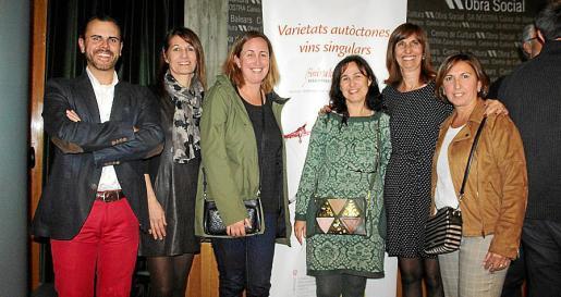 Germán Albertí, Marga Salom, Francis Gamundí, María Coll, María Salom y Joana María Coll.