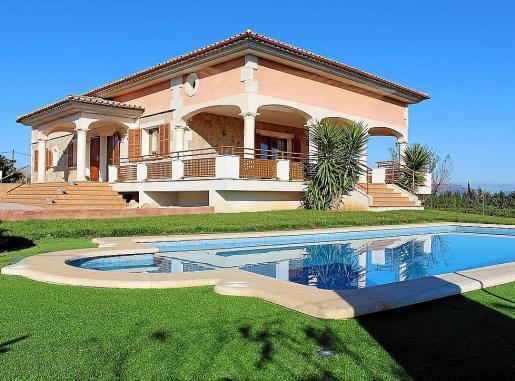 Los dueños de esta vivienda han pasado de pagar 97 euros al año a 402 euros anuales.