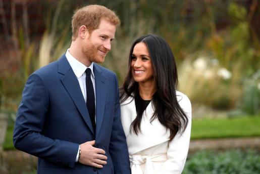 El príncipe Harry y Meghan Markle durante el anuncio de su enlace.